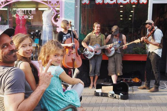 Entertainment in Port Angeles - live music