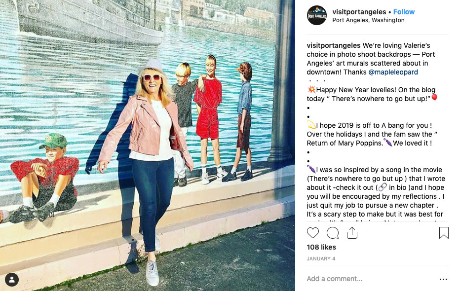 Fashion Blogger Uses Kalakala Art Mural By Cory Ench as a backdrop for her photo shoot in Port Angeles, WA